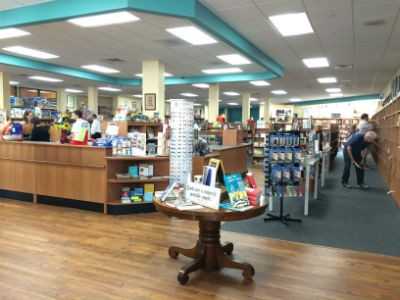 Anderson's Bookshop opens in La Grange