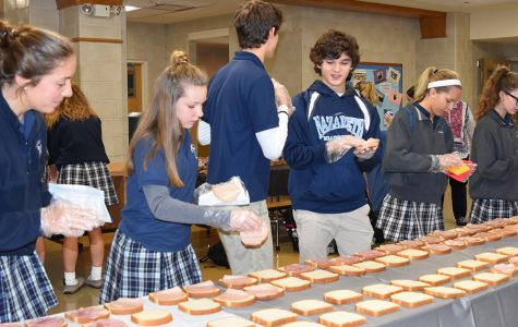 Junior Board helps homeless through service project