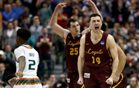 Loyola plays to advance to elite eight