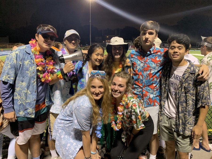 Fall+Freddie+Fanatic+Leaders+supporting+the+Hawaiian+theme+on+Sept+6%2C+2019%0A